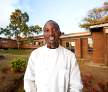 Malawi. Dr Patrick Noah trained as a head and neck specialist in South Africa. He returned home with the support of the project and now runs Queen Elizabeth Central Hospital's head and neck unit.  © GIZ