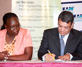 South Africa. An Energy Efficiency Accord is signed in Kenya. © GIZ
